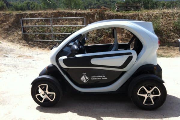 retolacio-vehicle-electric-01